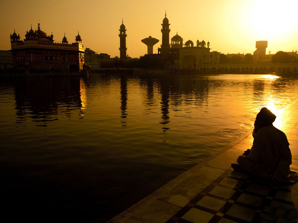 wallpaper of golden temple in amritsar