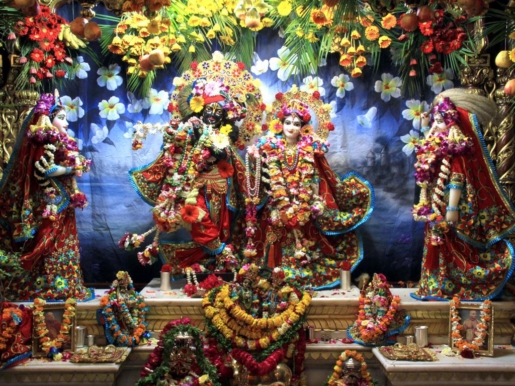 Janmashtami Home Decoration Iskcon Wallpapers Radha Krishna Wallpapers Amp Photos Download